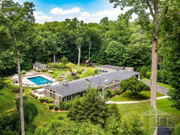US Open 2020 Accommodation - 7 Winding Brook Drive, Larchmont, NY (0.2 miles from Winged Foot Entrance)